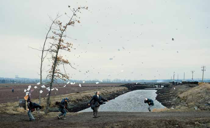 Jeff Wall A Sudden Gust of Wind (After Hokusai), 1993 4.