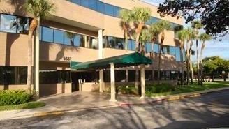 Chasseur-Immo-Floride 8551 West Sunrise Blvd, Suite 105 Plantation, FL 33322, USA www.