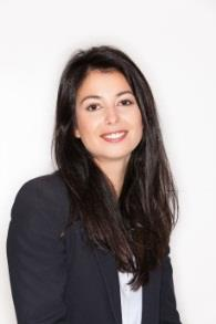 Ana-Paula MACHADO responsable Middle/ Back Office (2 collaborateurs), 28 ans Ana-Paula est responsable du