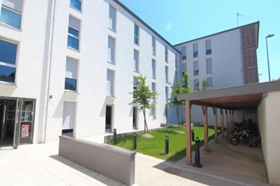 LAUDINE (MGEL) 7 rue de la Procession 51100 REIMS Tel : 03 26 06 36 04 Mail : contact.reims@mgellogement.fr Site internet : http://www.mgellogement.fr/residences-etudiantes/index-reims.