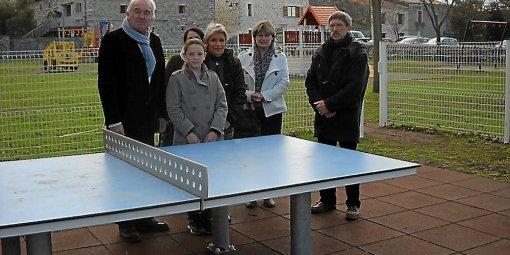 site Installation d une table de ping-pong au