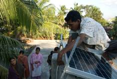 Energie solaire: KfW exemples de projet Solar Home Systems (SHS) in Bangladesh Provide access to modern electricity services in rural areas of Bangladesh.