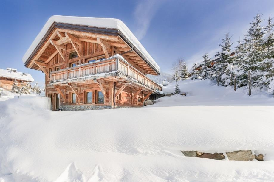 Chalet B Chalet M Chalets M&B Peuvent être loués ensemble : 16 adultes et 3 enfants Available for rental together or separately Cimalpes Megève Tél: +33 4 50 21 1291 Fax: +33 4 50 91 9855 Email: