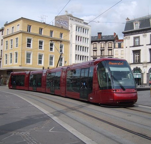 Tramway in Clermont-Ferrand (FR) New line of 14 kms and 31 stations (2001-2006) -20% car traffic in city