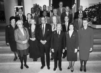 The ILO Committee of Experts in pictures (2000-2006) CEACR, 71st session, Geneva, 23 Nov.-8 Dec. 2000 1. Ms. Ewa LETOWSKA (Poland) 2. Sir William DOUGLAS (Barbados), Chairman of the Committee 3. Mr.