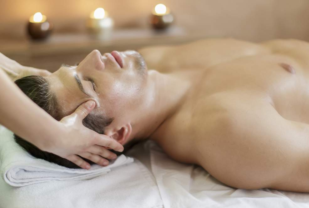 Treatments for men FACE: FUNDAMENNTAL MEN TREATMENT 1H15 75 An essential