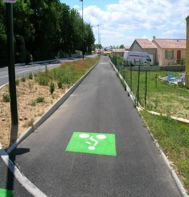 Piste cyclable chemin