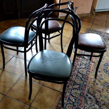 café Percolateur à café Lot 31 : 4 Tables en bois