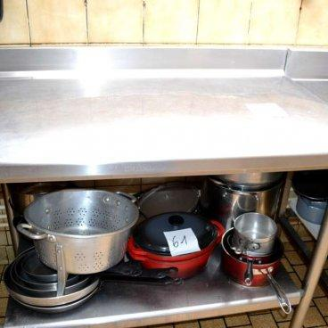 Table inox 100 x 70 Lot 56