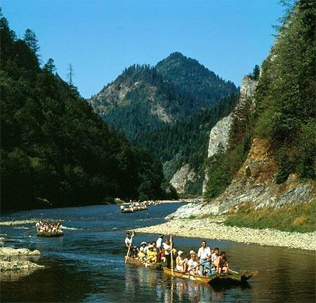 ON THE DUNAJEC RIVER http://fr.poland.