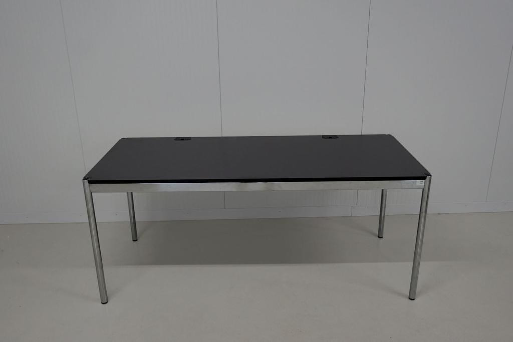TABLE USM HALLER ADVANCED, GRIS FONCÉ 175x75x74 cm structure
