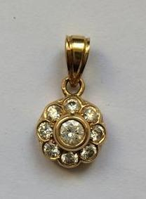 "14k Deux Tons Or Saint Joseph diamants 1.16/"" SERTIS OVALES Collier Pendentif"